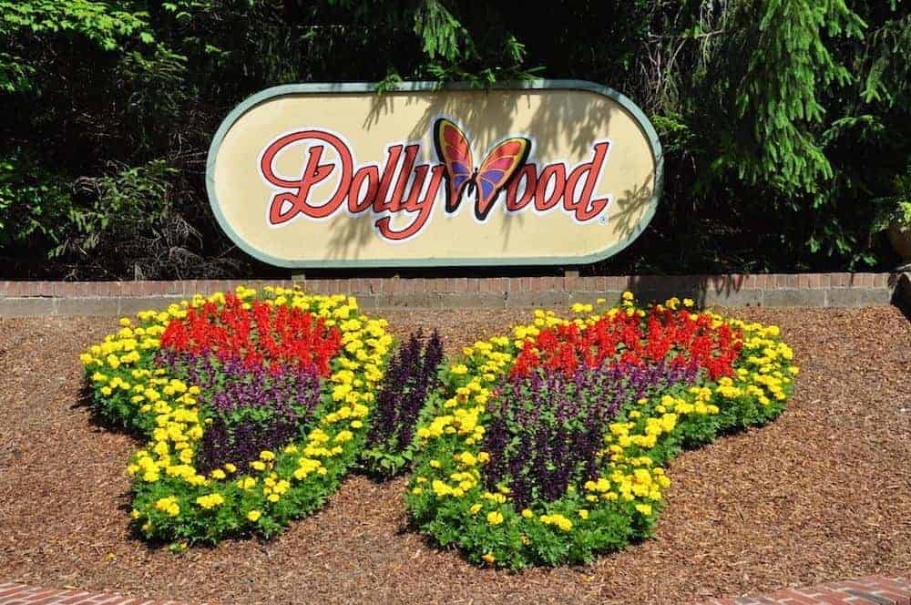Dollywood hours for christmas 2019 gift