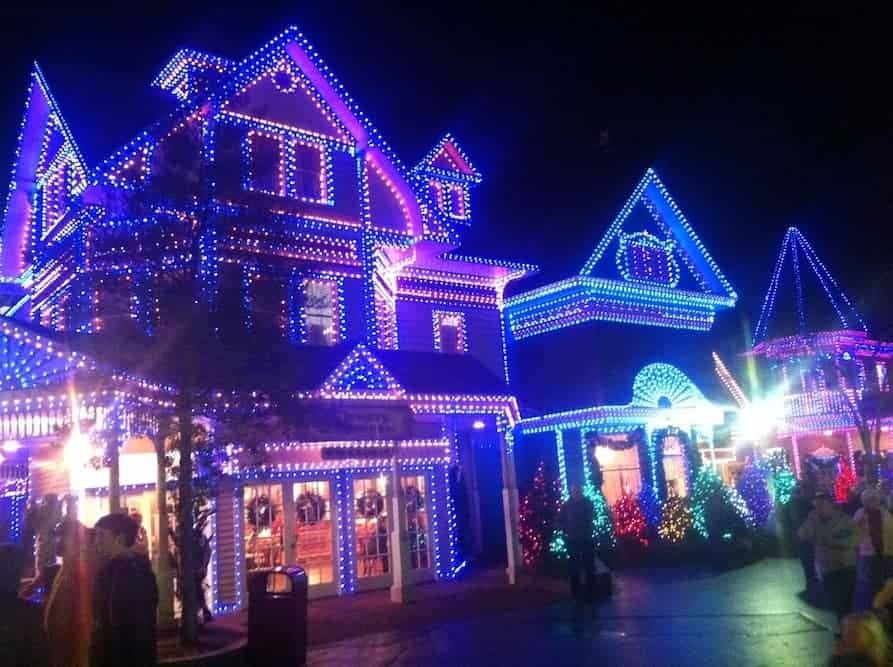 Christmas In Gatlinburg Vacation Packages 2020 15 Ways to Celebrate Christmas in the Smoky Mountains
