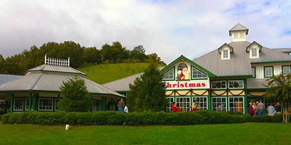 Christmas and Candle Shop at The Apple Barn