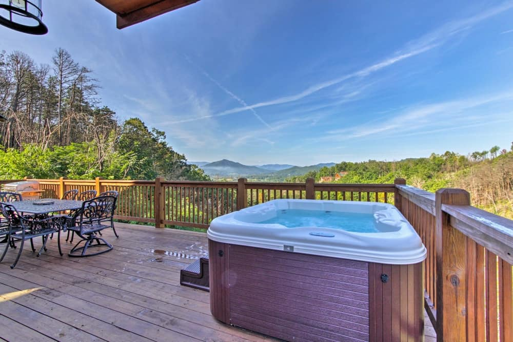 hot tub with a view.  Outside dining al fresco for 8!
