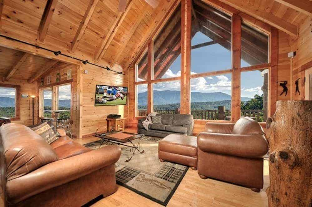 living room in a pigeon forge cabin