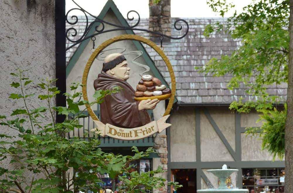 sign for the Donut Friar in Gatlinburg