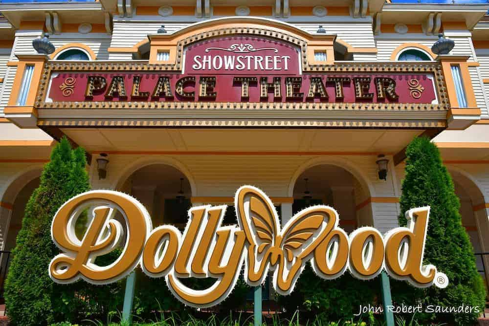 showstreet theater at dollywood