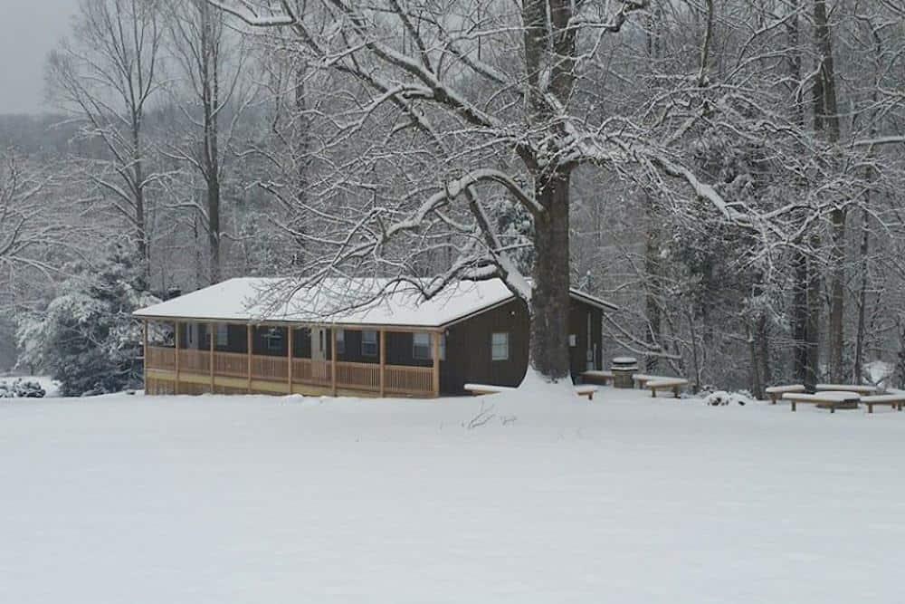 Gatlinburg cabin in the snow
