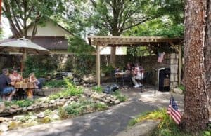 outdoor patio at pottery house cafe and grille