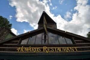 sign for Howard's Restaurant in Gatlinburg